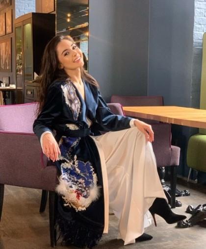 Пальто женское с авторской вышивкой