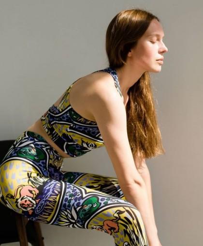 Костюм для йоги
