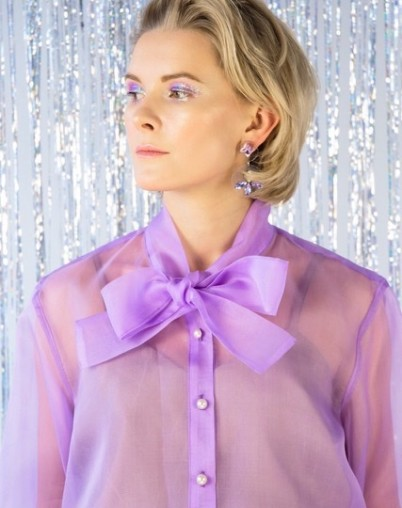 Шелковая блуза с бантом прозрачная