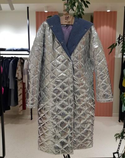 Пальто утепленное Екатерины Волковой RESALE